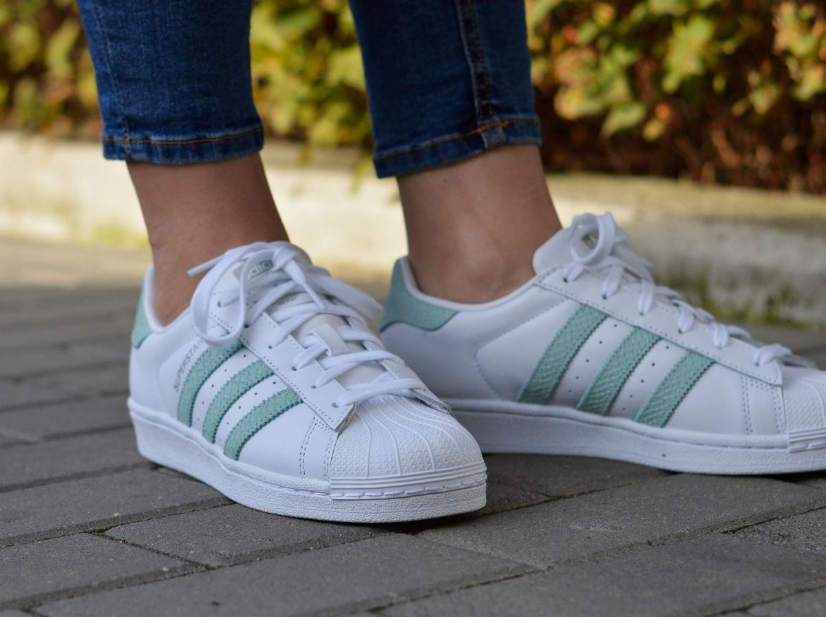 first rate 4dd51 659c5 Adidas Superstar W B41509 Womens Sneakers  eBay