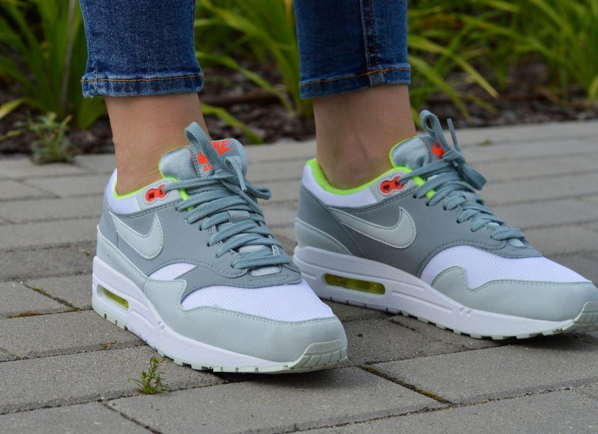 best service c6ff3 d1032 Nike Air Max 1 319986-107 Damen Sportschuhe Sneaker   eBay